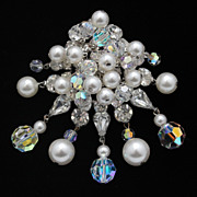 Gorgeous Crystal and Imitation-Pearl Dangle Brooch