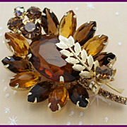 Juliana DeLizza & Elster Metal Leaf and Topaz Brooch