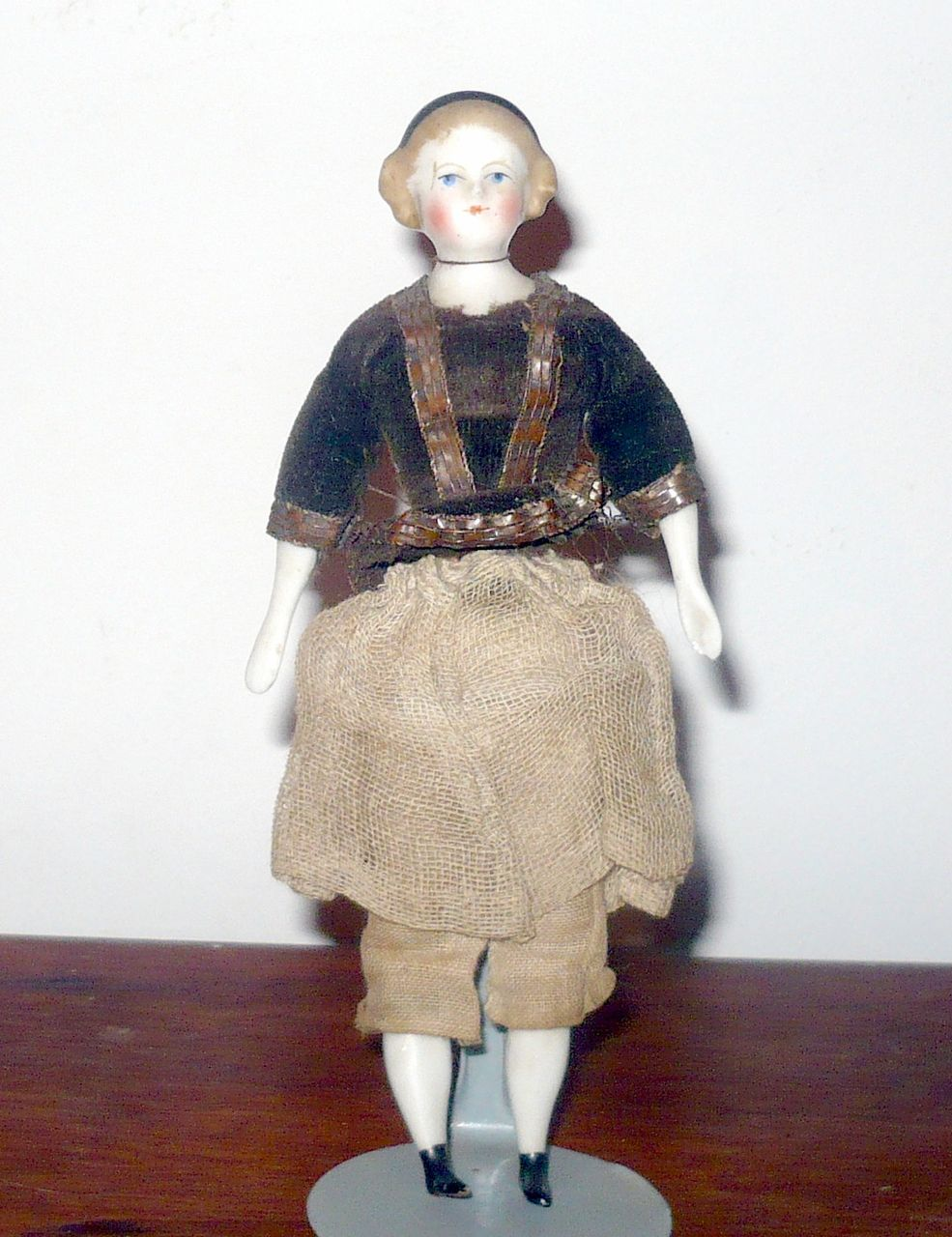 """5.5"""" Blond Alice 1860 China DH Doll w Black Band Flat Boots Spoon Hands"""