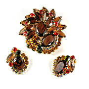 DeLizza and Elster Juliana Shades of Topaz Brooch and Earrings