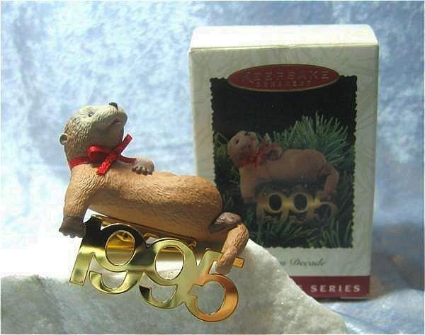 Hallmark Fabulous Decade Otter 1995