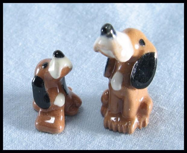 Hagen Renaker Miniature Hound Dogs