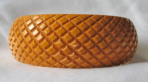 Pineapple Carved Butterscotch Bakelite Bangle Bracelet