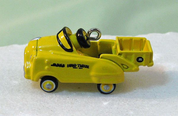 Hallmark Miniature Kiddie Car Classics Ornament - Murray Dump Truck