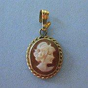 Tiny Lovely Shell Cameo Drop in 14 K Gold Frame
