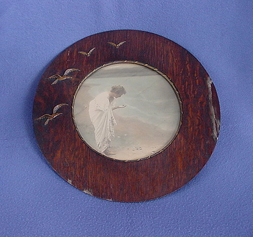 Unusual Early 1900's Round Frame w/ Seagulls & Lady Print