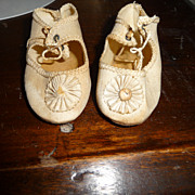 Nice pair of ivory antique doll shoes