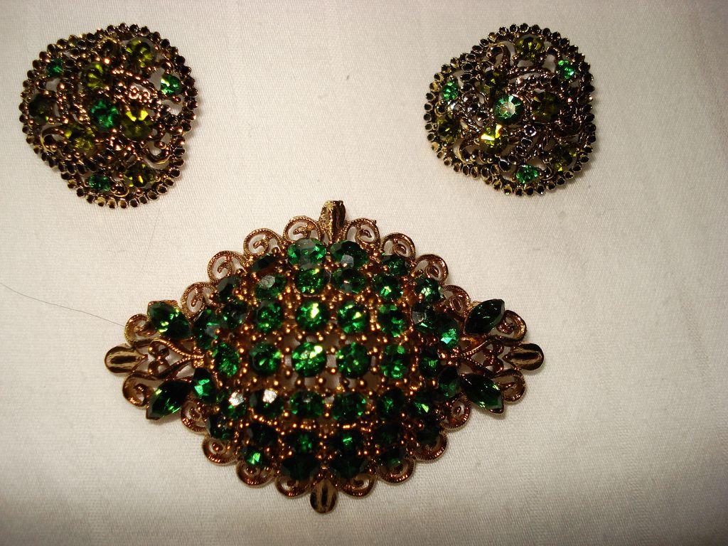 Vintage Signed Lisner Parure Earrings and Brooch