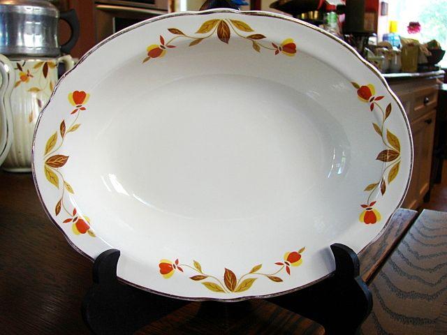 Hall China Jewel T Autumn Leaf  Oval Vegetable Serving Bowl
