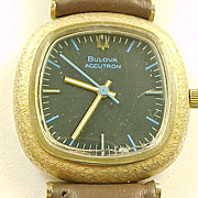 Vintage Bulova Accutron 14k Gold Mens Wrist Watch