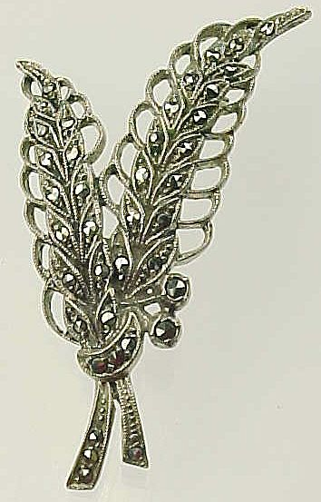 800 Silver & Marcasite Pin / Brooch ~ Wheat or Leaf Spray