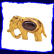 Vintage 14K Gold Elephant and Black Sapphire Pin