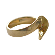 Gold Ring 14 Yellow Gold Wave Form