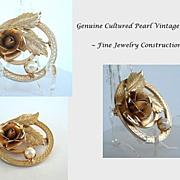 Exquisite Vintage Genuine Cultured Pearl Gold Tone Brooch Pin Raised Floral & Leaf Motif