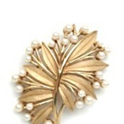 Crown Trifari Signed Leaf Brooch Pin Decorated with Faux Pearls