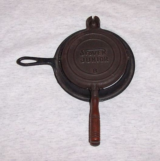 Vintage Cast Iron Stover Junior Child's Waffle Iron