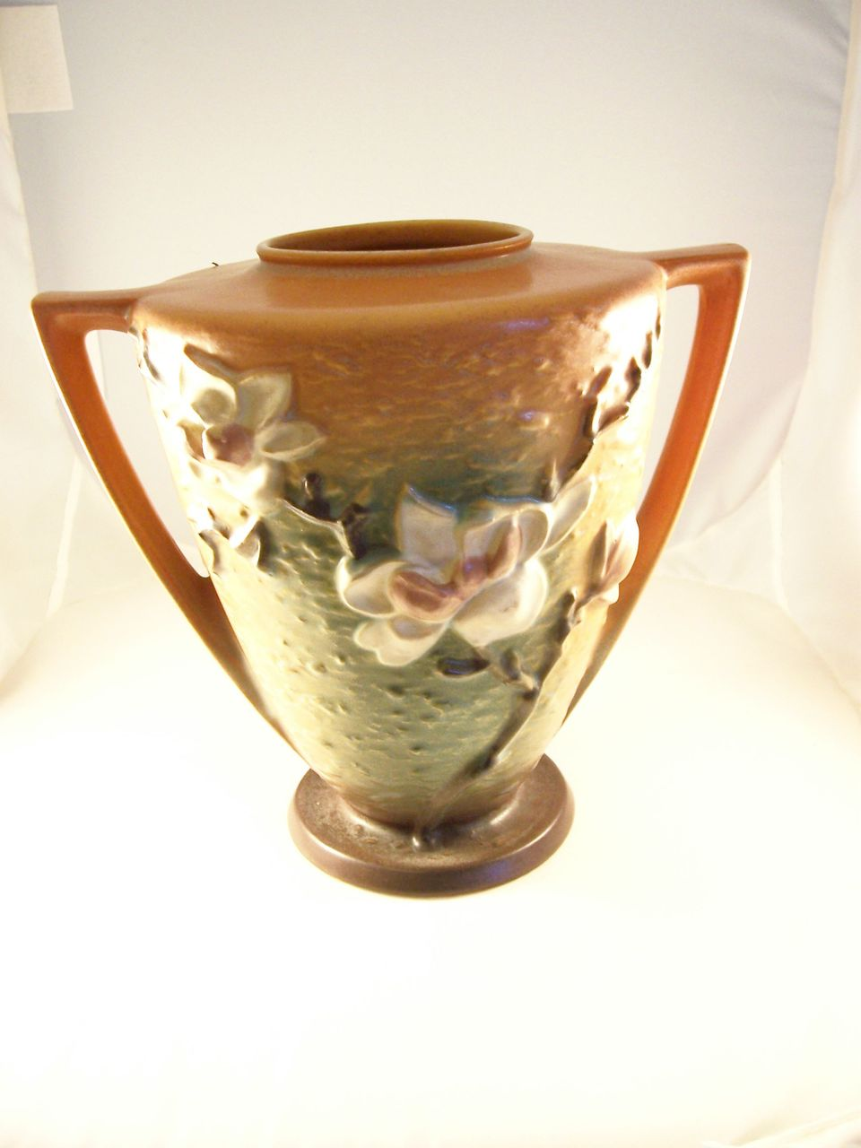 Nice BIG Roseville Art Pottery Vase - Magnolia Pattern - 9 inches