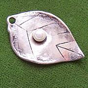 Vintage STERLING SILVER & Cultured Pearl Charm or Pendant - Single Leaf!