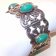 Wonderful 1950s MEXICO SILVER Link Bracelet with Large Oval Green Cabs!