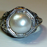 Vintage 18K White Gold filigree Pearl Ring