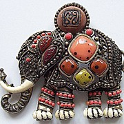 Hattie Carnegie Decorated Howdah Elephant Brooch Pendant