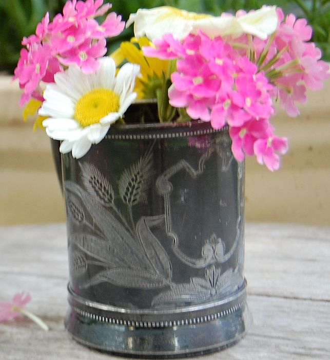 Victorian Simpson Hall Miller Silverplate Baby Cup