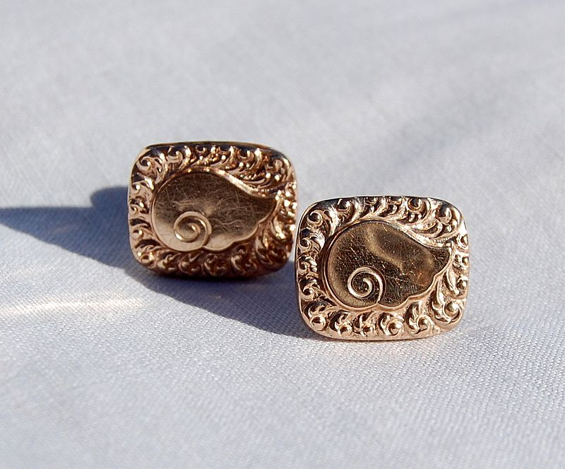 Vintage Gold Filled Swirl Motif Cuff Links