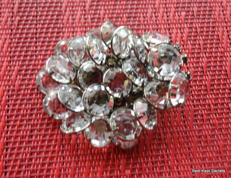 Vintage Sparkling Clear Rhinestone Brooch