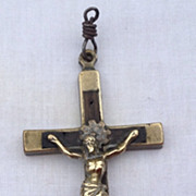 Victorian Nuns Or Priests Crucifix