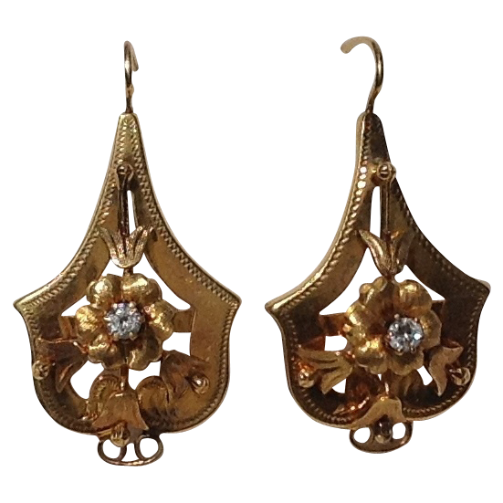 Vintage 18K Gold White Sapphire Flower Motif Earrings