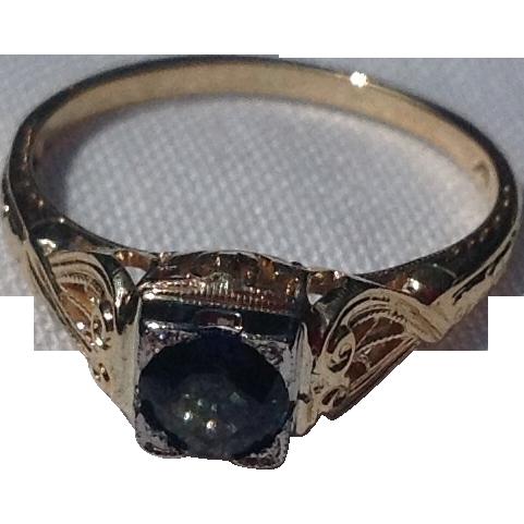 Vintage 14K Gold .61 Carat Sapphire Ring