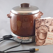 Vintage West Bend Bean Pot