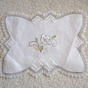 Vintage Arts & Crafts Hand Embroidered Doily
