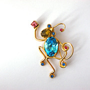 "Coro Pin ""Menagerie"" Wirework Monkey Blue"