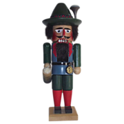 Steinbach Oktoberfest Male Nutcracker with  Lowenbrau Beer Stein Nut Cracker