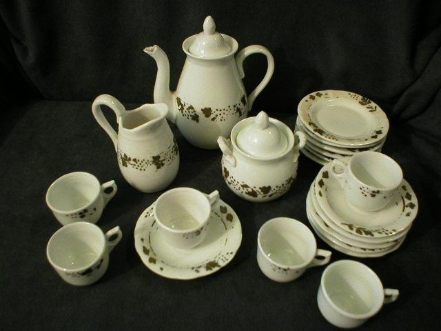 Victorian 23-Piece Porcelain Hand-Decorated Child/Doll Tea Set