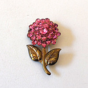 Pretty Vintage Pink Rhinestone Flower Pin Brooch