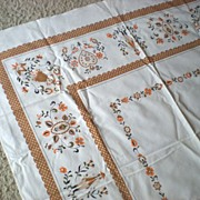 Vintage Early American Style Tablecloth