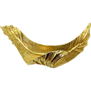 Beautiful signed Boucher Gold Tone Brooch