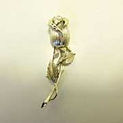 Lovely Vintage Lisner Single Silver Tone Rose Brooch Pin