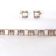 Beautiful Vintage signed DoSo Demi Parure Rhinestones & MOP