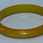 Chunky green Bakelite bangle bracelet
