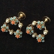 Dainty flower bead and faux pearl earrings