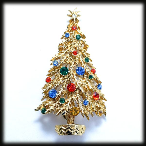 Multicolor Rhinestone and Goldtone Detailed Christmas Tree Pin