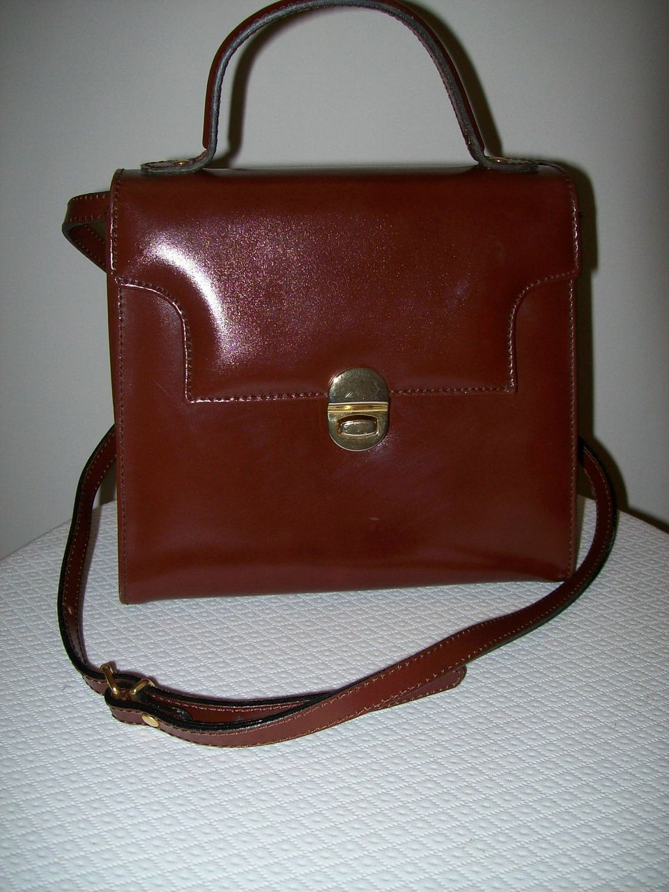 Item ID: 251 leather handbag In Shop Backroom
