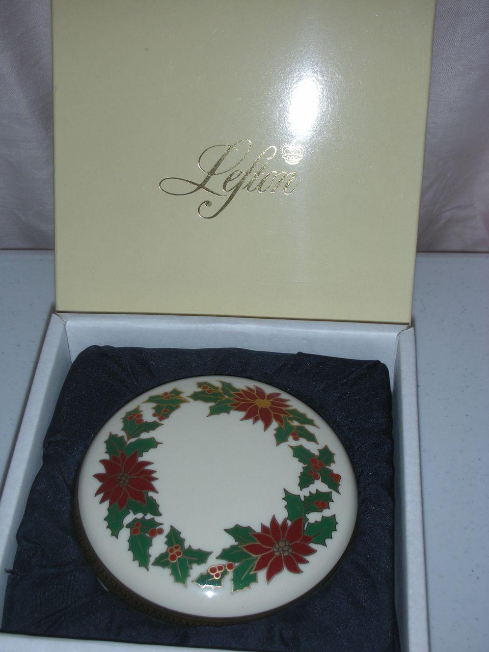 Lefton Music Box Christmas