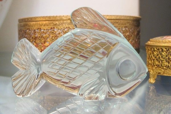Antique green Glass Fish paperweight, dated at the late 19th century