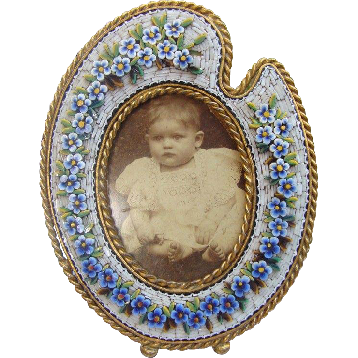 Oval shaped Micro Mosaic frame adorned with flowers, 19th century