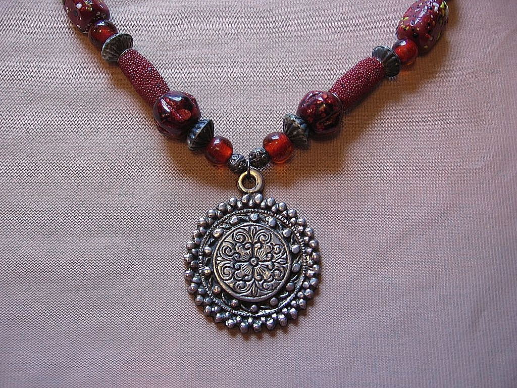 Beautiful Chunky Beaded Necklace With Medallion