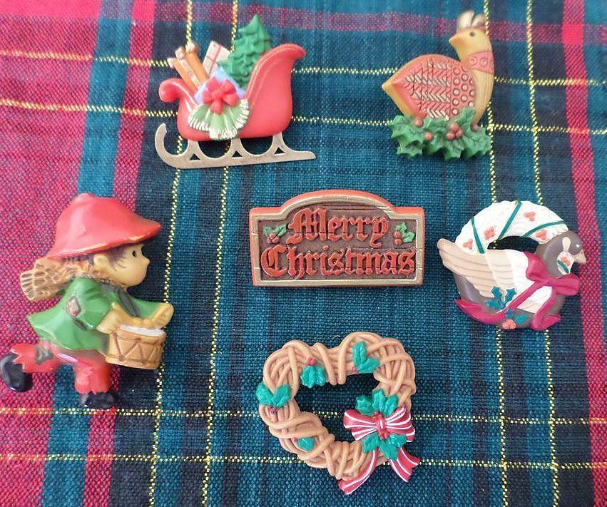 Hallmark Christmas Pin Lot 1